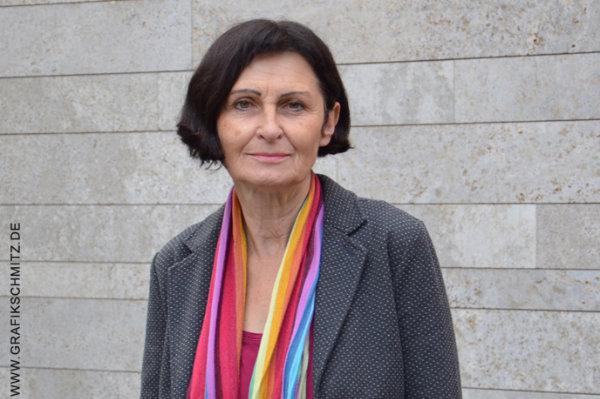 Frau Ulrike Geffert